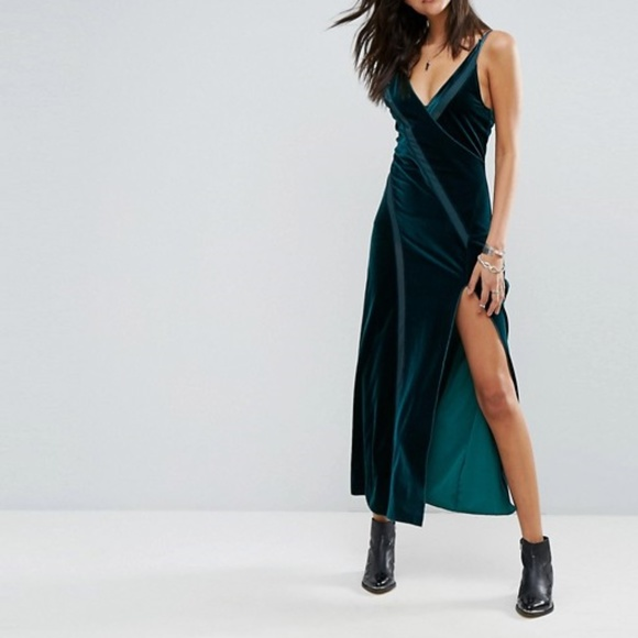 712b5006786969 Free People Dresses & Skirts - Free People Spliced Velvet Maxi Emerald Small